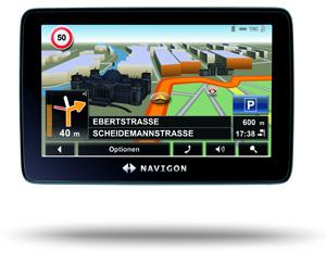 Navigon 7310: das Navigationssystem Navigon 7310 hat eine realistische Kartendsarstellungm aber keine überragende Sprachsteuerung. Foto: Navigon.
