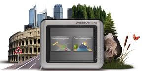 Gut wandern: Medion GoPal S3647 Auto und Outdoor Navigationssystem