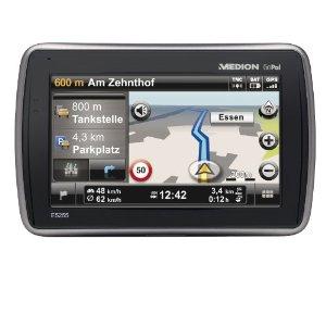 Das Navigationsgerät GoPal 5255 EU+ von Medion besticht durch ein ausgewogenes Preis-Leistungsverhältnis